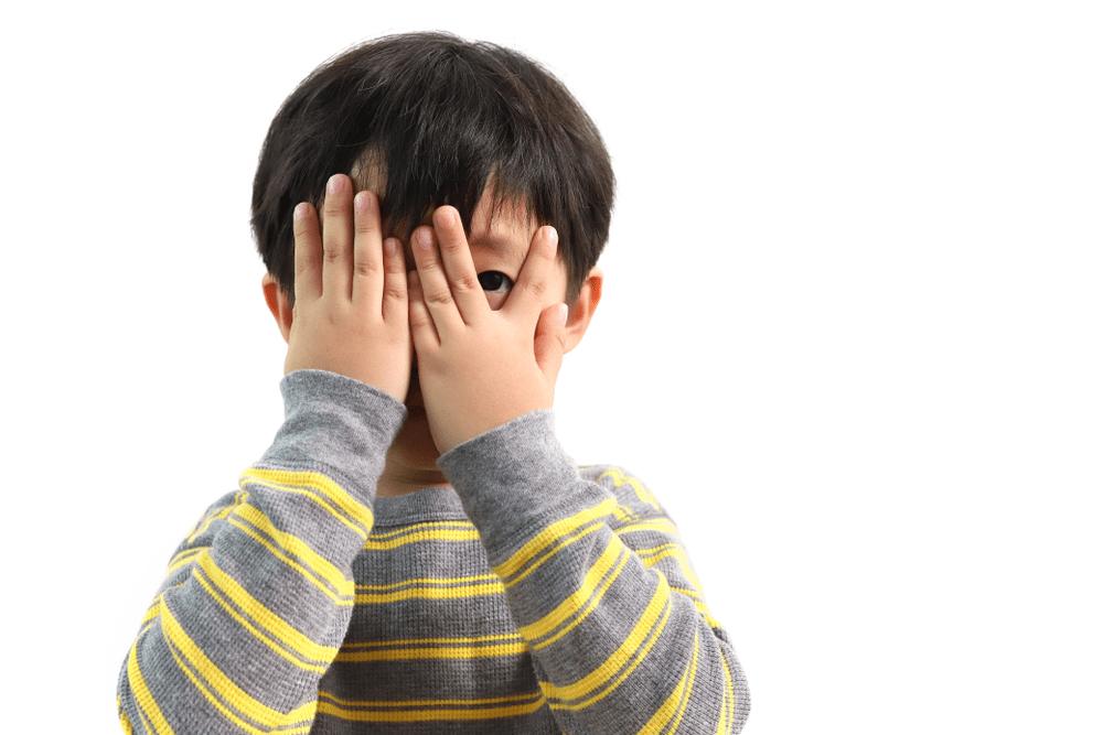 un écolier timide