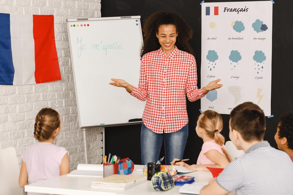 enseignement du français institutrice