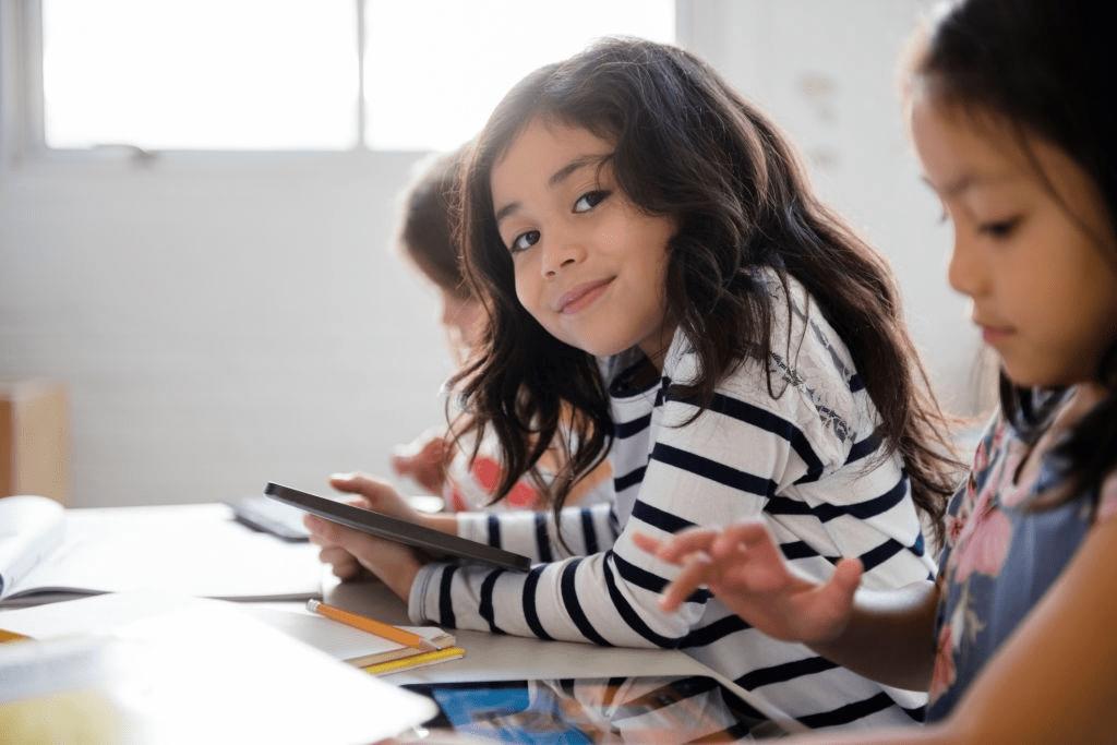 origines des différences scolaires institutrice